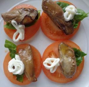 Alternative option: Tomato, oyster & Mayo