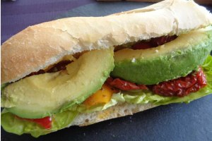 Baguette avocado