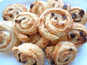 Cashew -raisins snails